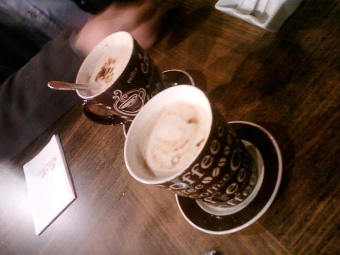 kuzenim ve ben kahve keyfi
